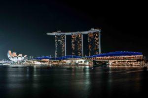 Il Marina Bay Sands, uno degli hotel più spettacolari del mondo