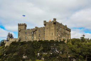 Il castello di Dunvegan in Scozia, ricco di storie e leggende