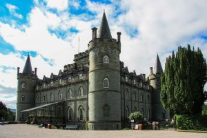 L'Inveraray Castle, uno dei pochissimi castelli scozzesi ancora abitati