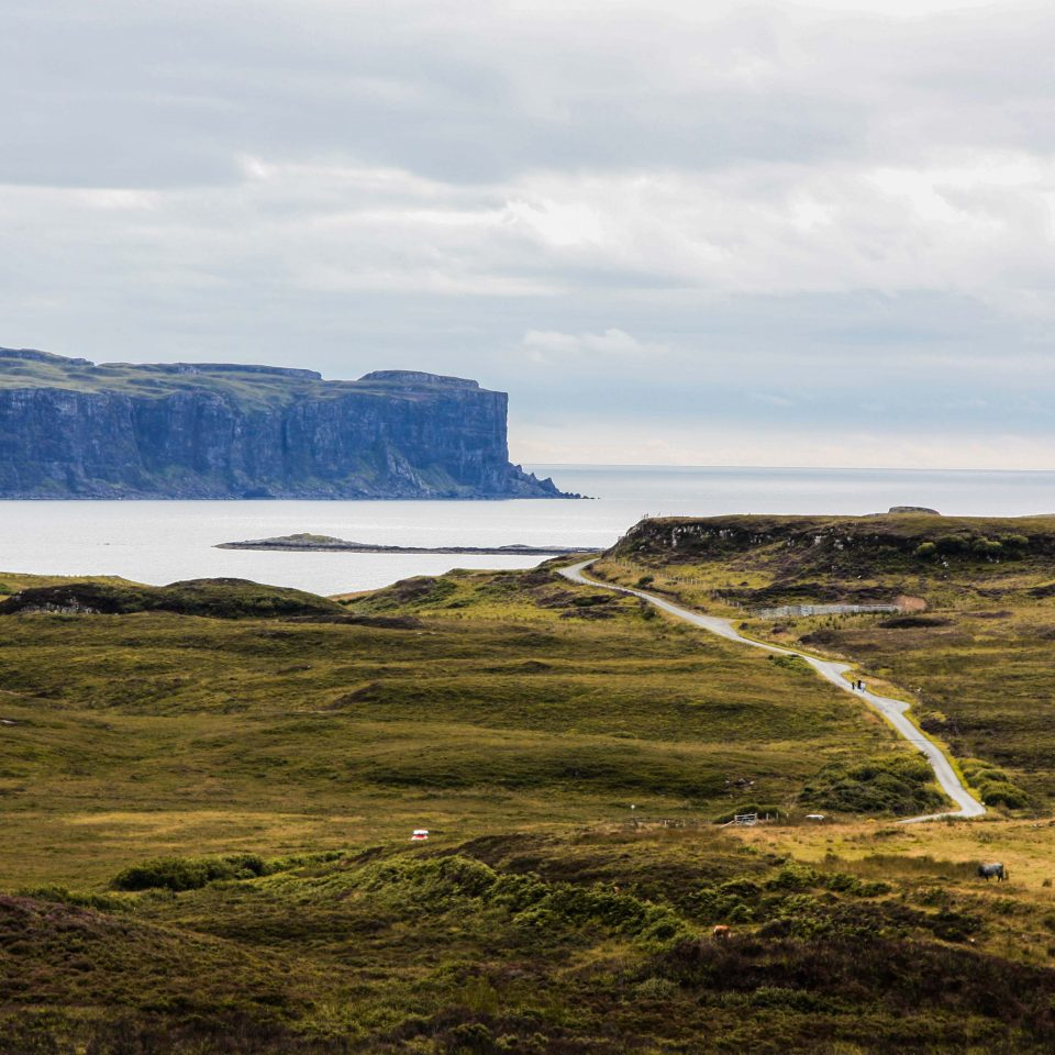 La bellezza delle scogliere in Scozia, un panorama indimenticabile