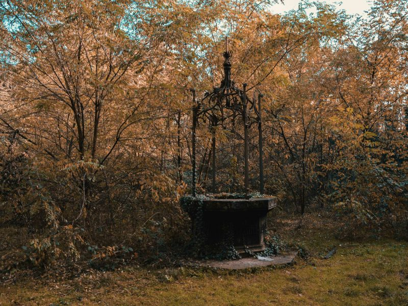 Urbex Piemonte: pozzo nel Castello abbandonato di R.