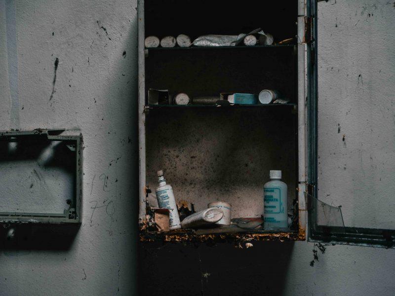Urbex Piemonte Manicomio Abbandonato. Le Medicine