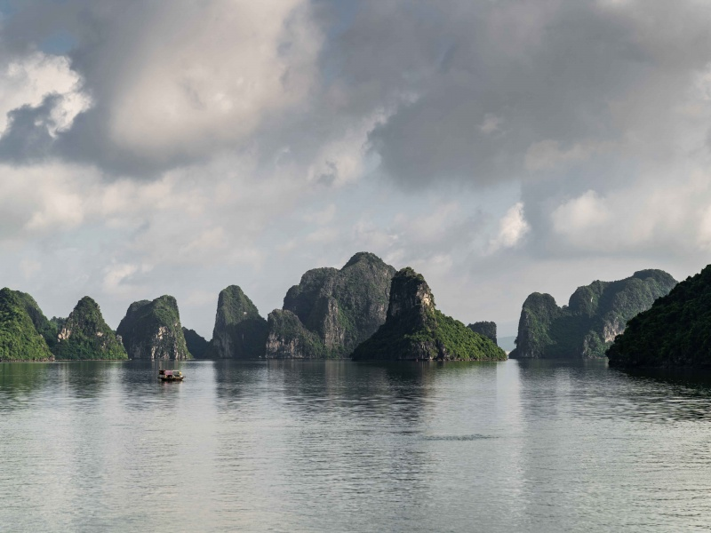 Crociera ad Halong Bay: il lusso della Mon Chéri Cruises