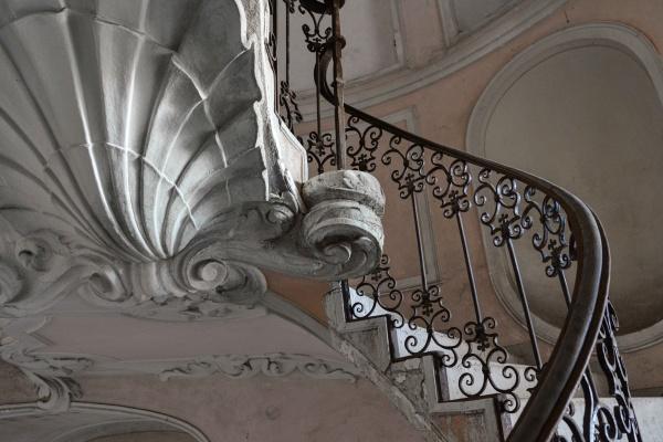 Italia, Villa C. abbandonata